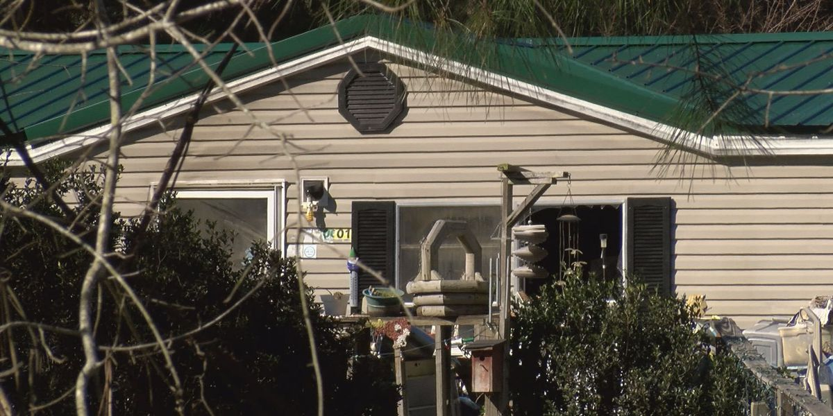 Fire claims Sumter Co.mobile home
