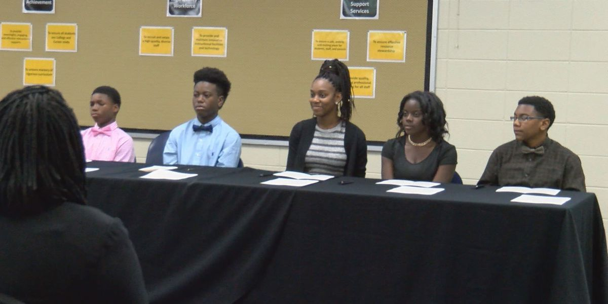 Valdosta students prepare for college early with REACH program