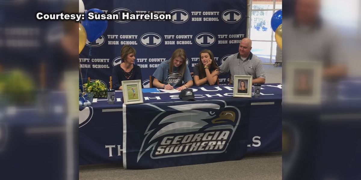 Tift County's Kaysie Harrelson signs to Georgia Southern
