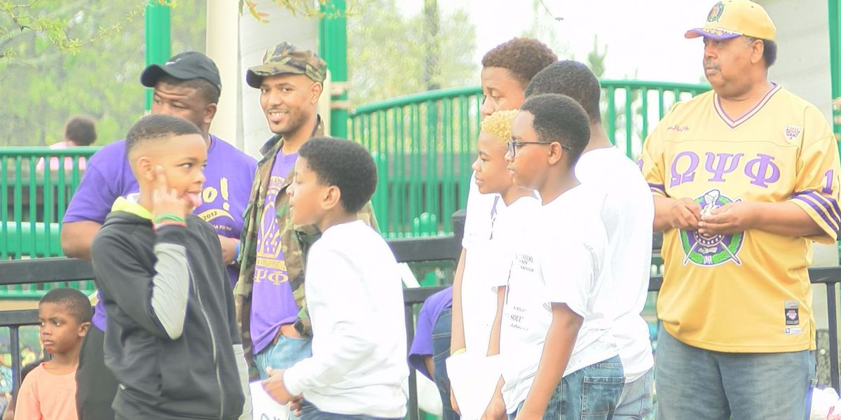Omega Psi Phi hosts parade of righteousness