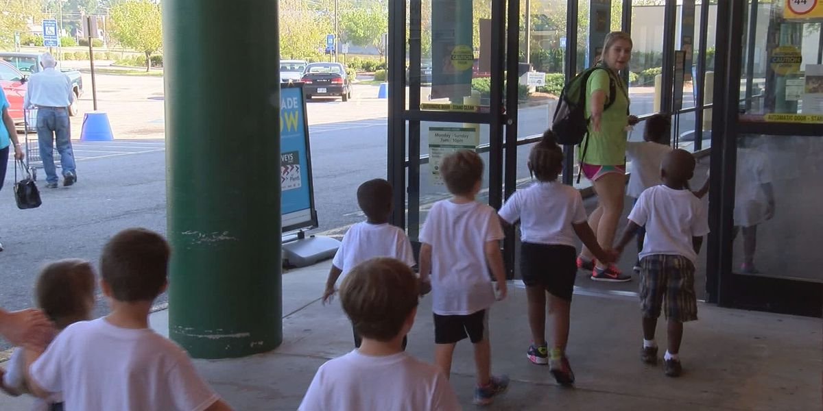 Thomasville students learn healthy eating habits at Harveys