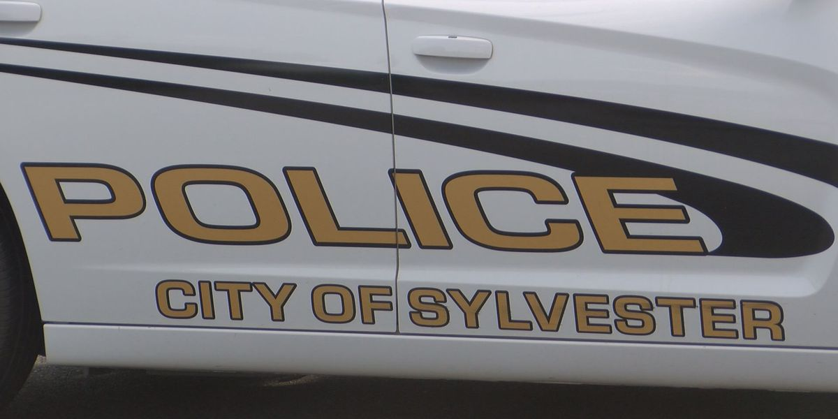 Sylvester police chief search down to 7 candidates