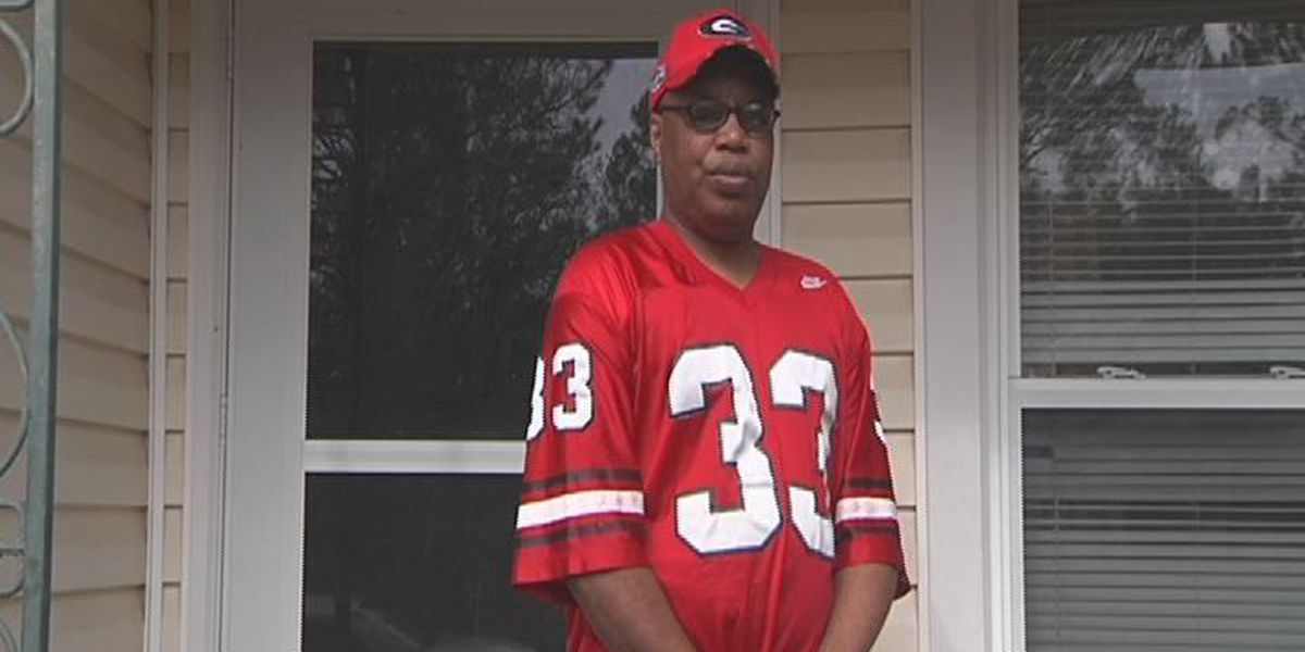 Man wins tickets to Georgia rivalry game, still needs ride