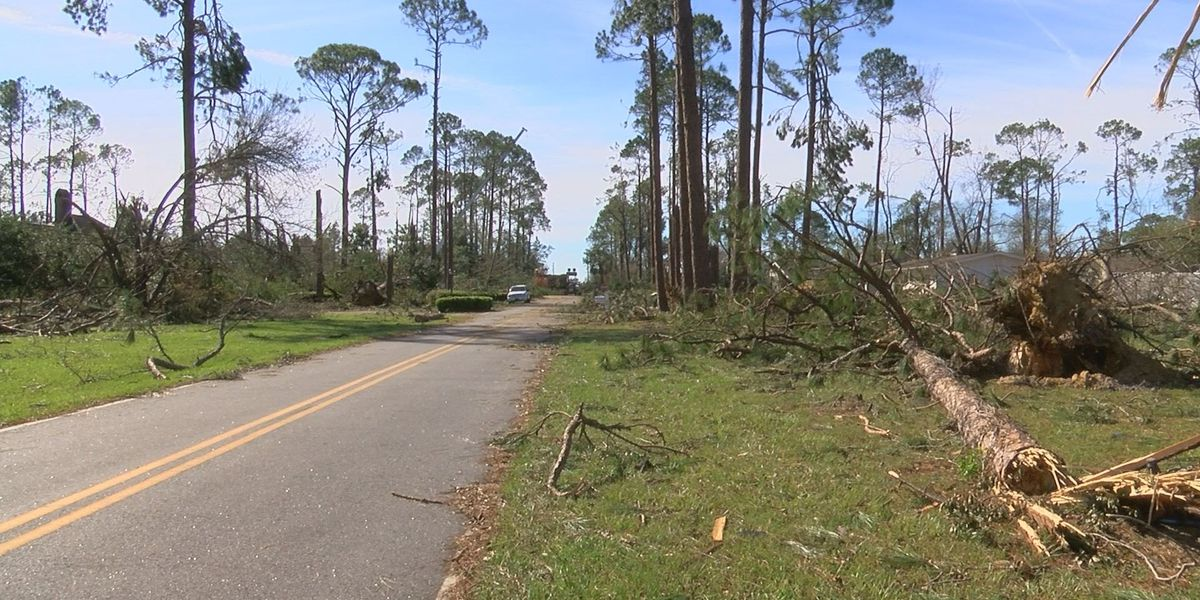 Complete power outages across Seminole County