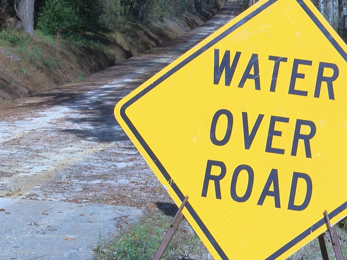 Lee Co. still has some issues with rural roads