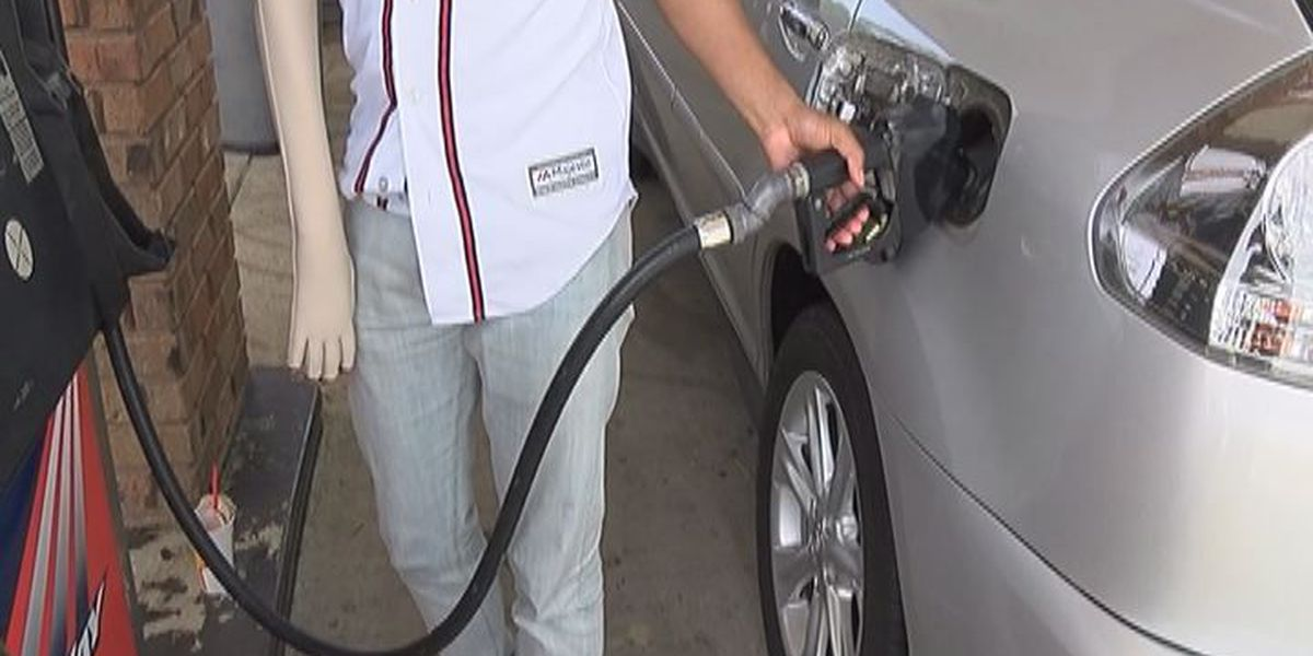 Gas prices falling; Still 18 cents higher than pre-Harvey