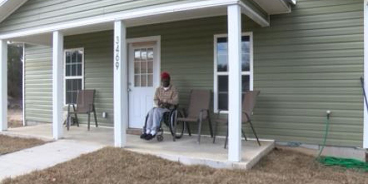 Thomas Co. volunteers build home for storm victim