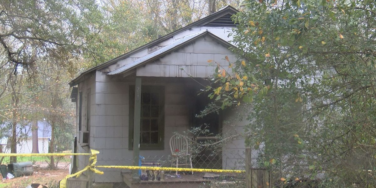 Kitchen stove catches fire and kills 42 year old woman