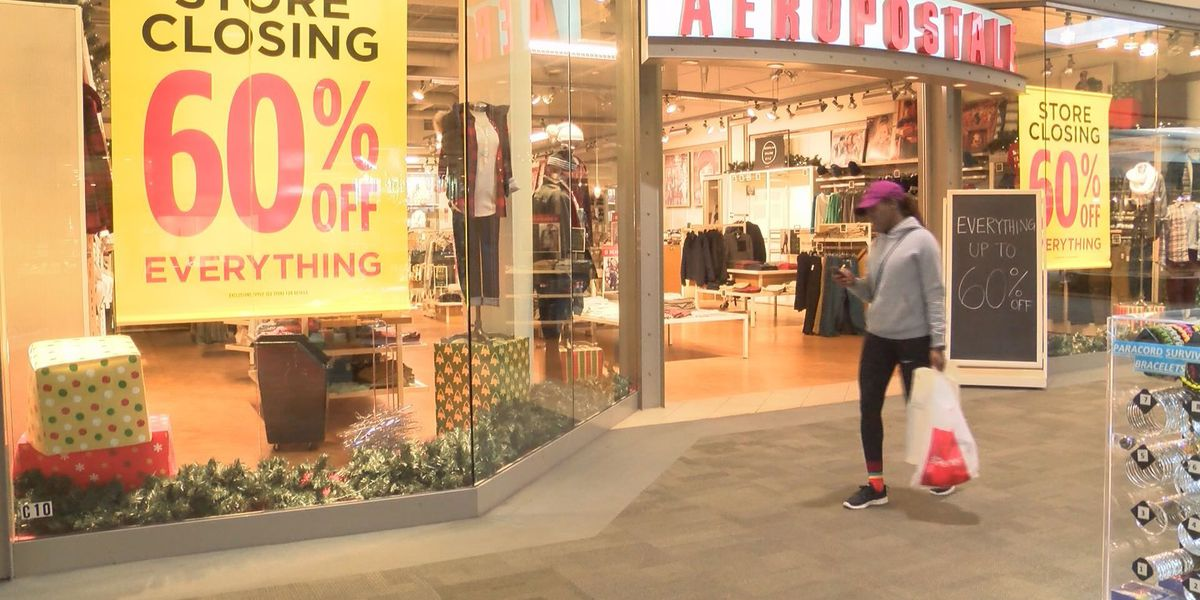 Safety tips for holiday shoppers