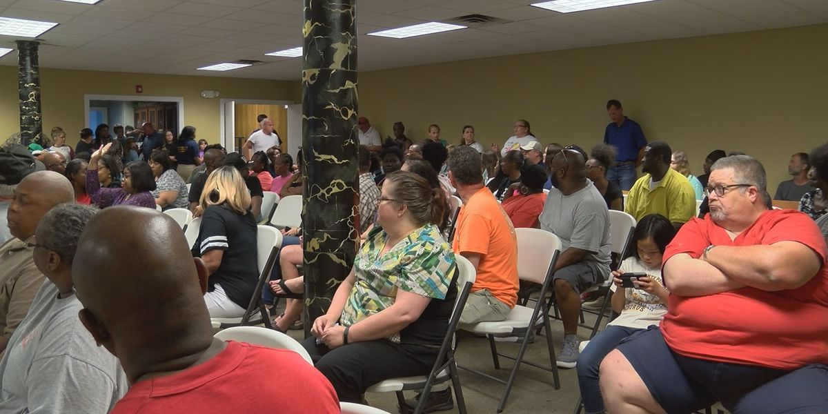 Worth Co. High School parents voice concerns at NAACP meeting
