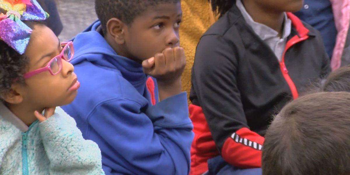 Tifton elementary school presents 'Pre-School Reading Night'