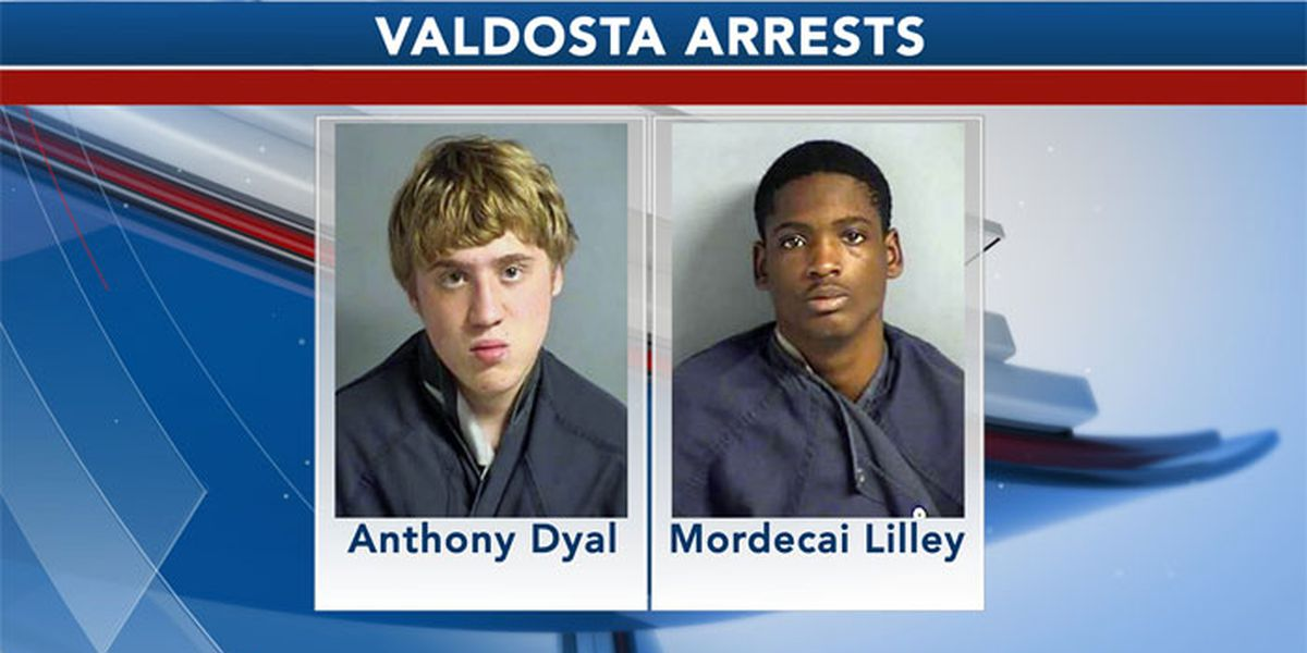 2 arrested in stolen car in Valdosta