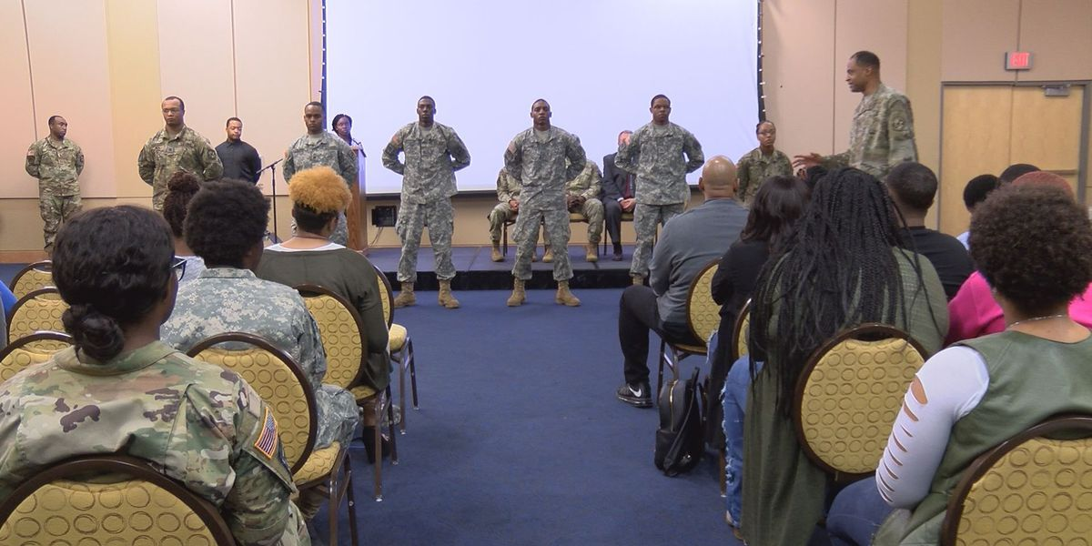 ASU's ROTC hosts annual contracting ceremony for 7 cadets