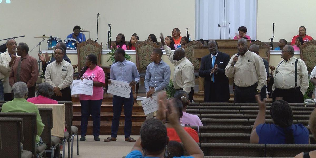 Albany church presents 3 $1700 scholarships