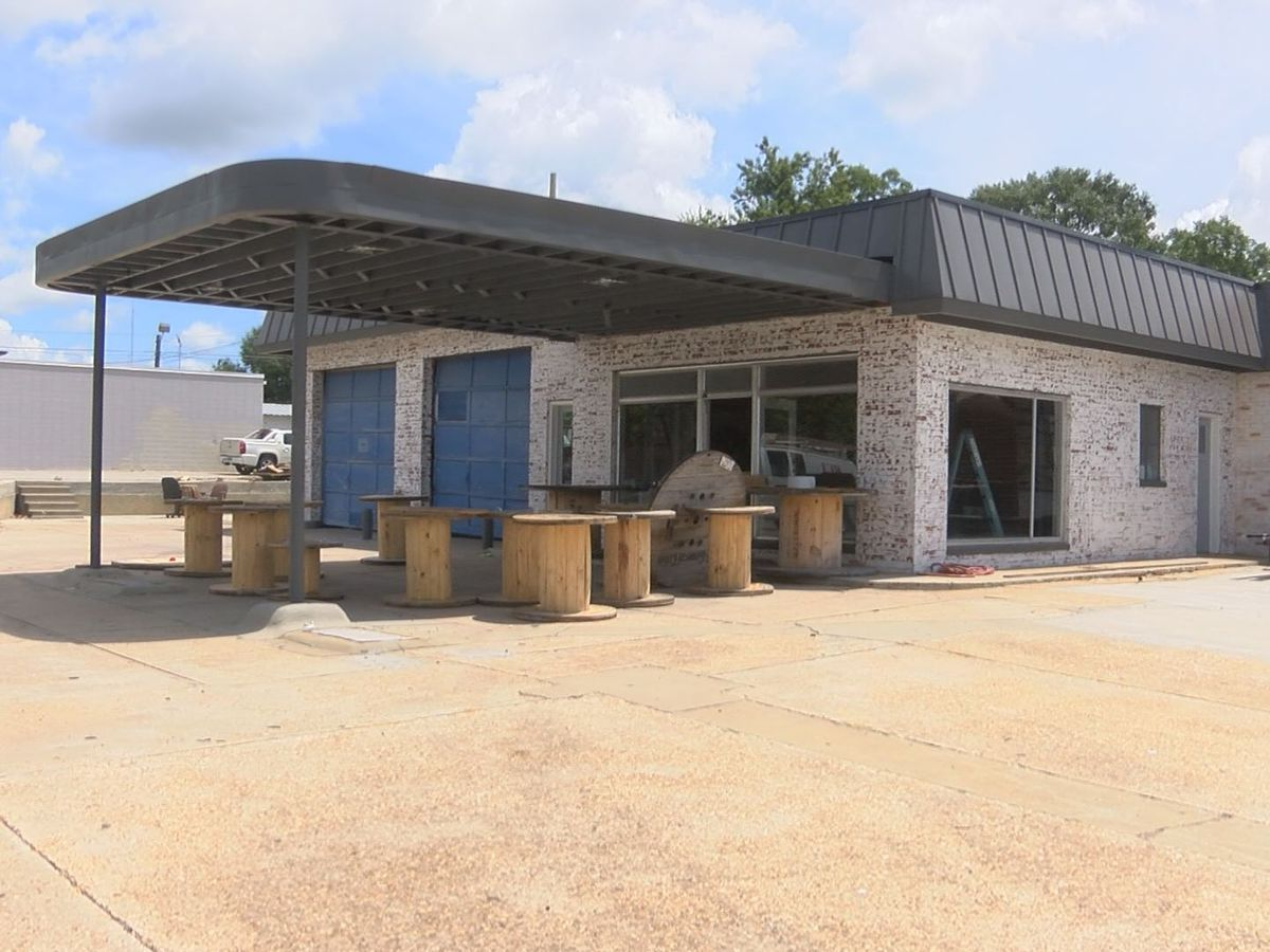 Crews continuing work on new Sylvester barbecue eatery