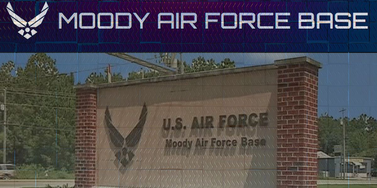 Moody AFB aircraft makes emergency landing