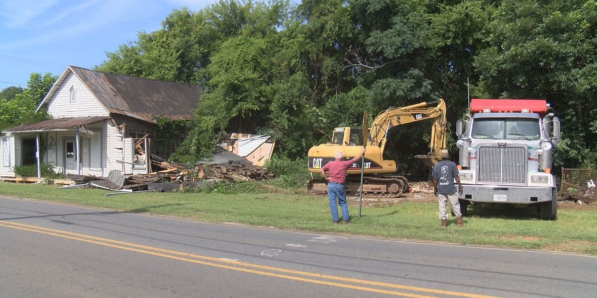 Americus fights blighted property problems