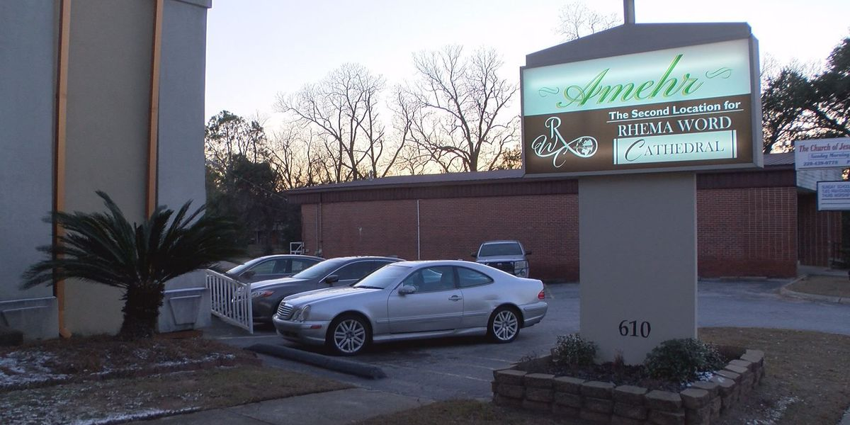 Albany church welcomes homeless to warm up