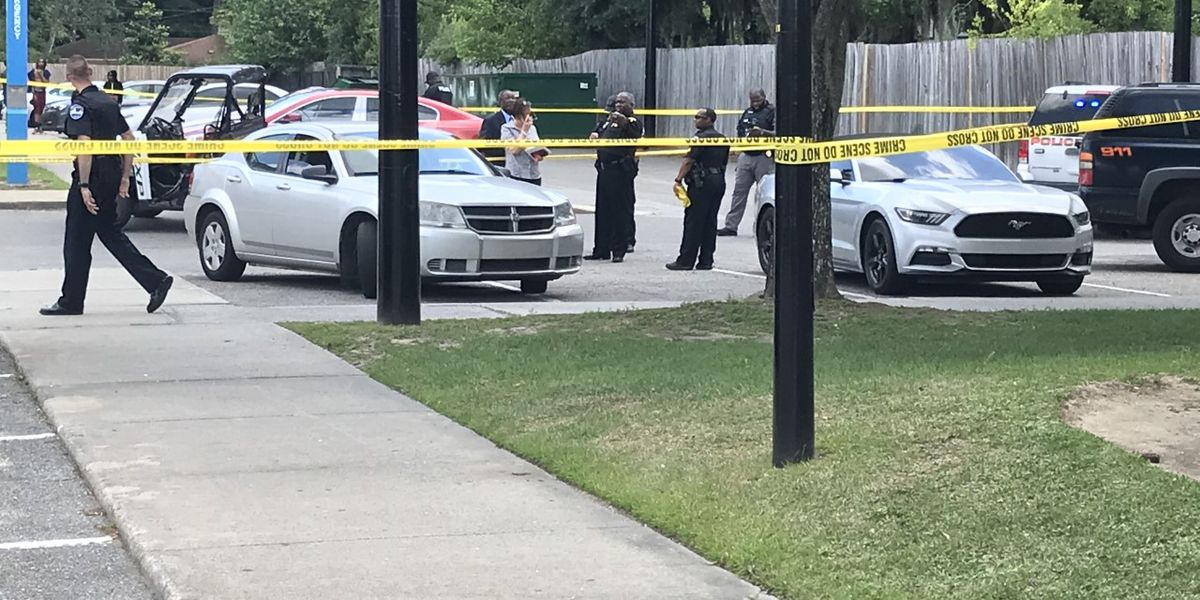 Suspect in custody after student shot at Savannah State housing facility