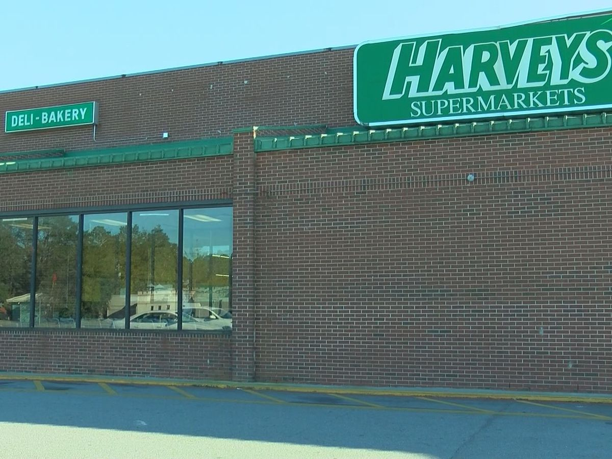 South Albany community upset after Harveys Supermarket closes