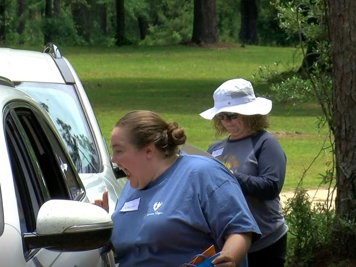 Phoebe holds NICU drive-thru party for former patients