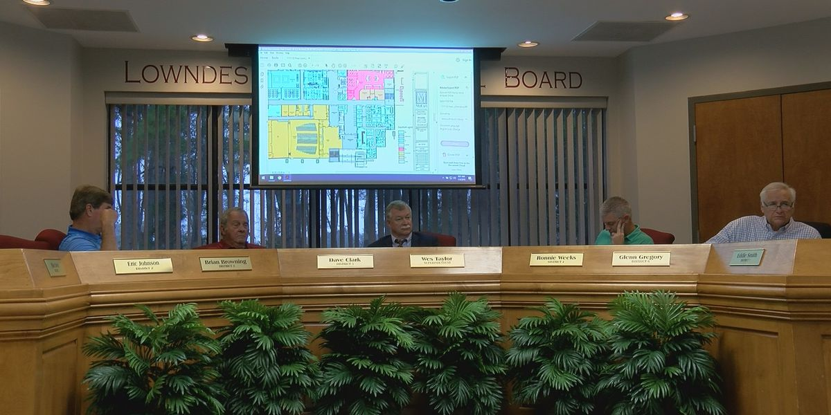 Lowndes school system plans to spend millions on renovation