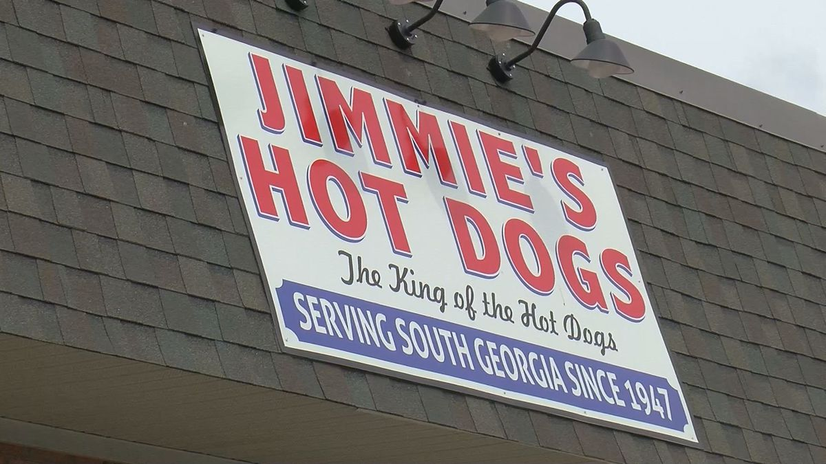 Jimmie's Hot Dogs now open in Lee Co.