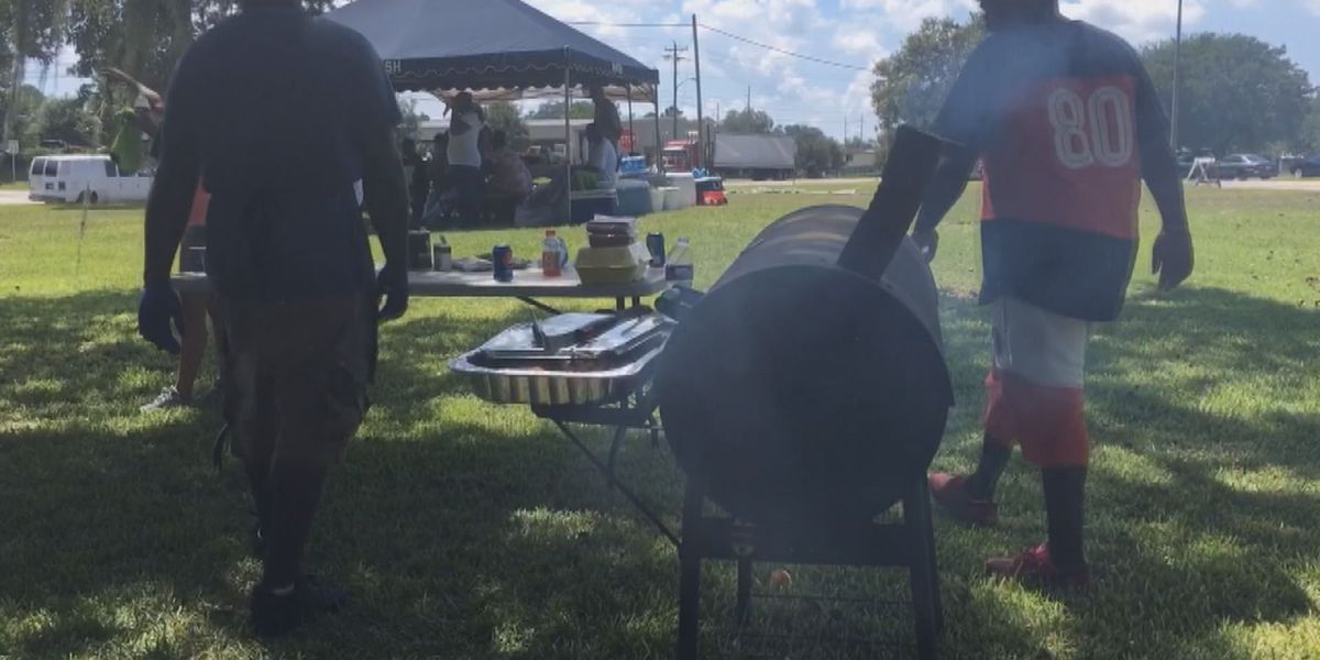 Thomasville police eat with protesters