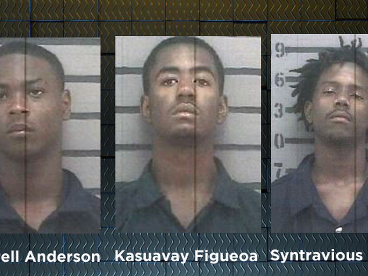 3 arrested for prowling, stolen firearm