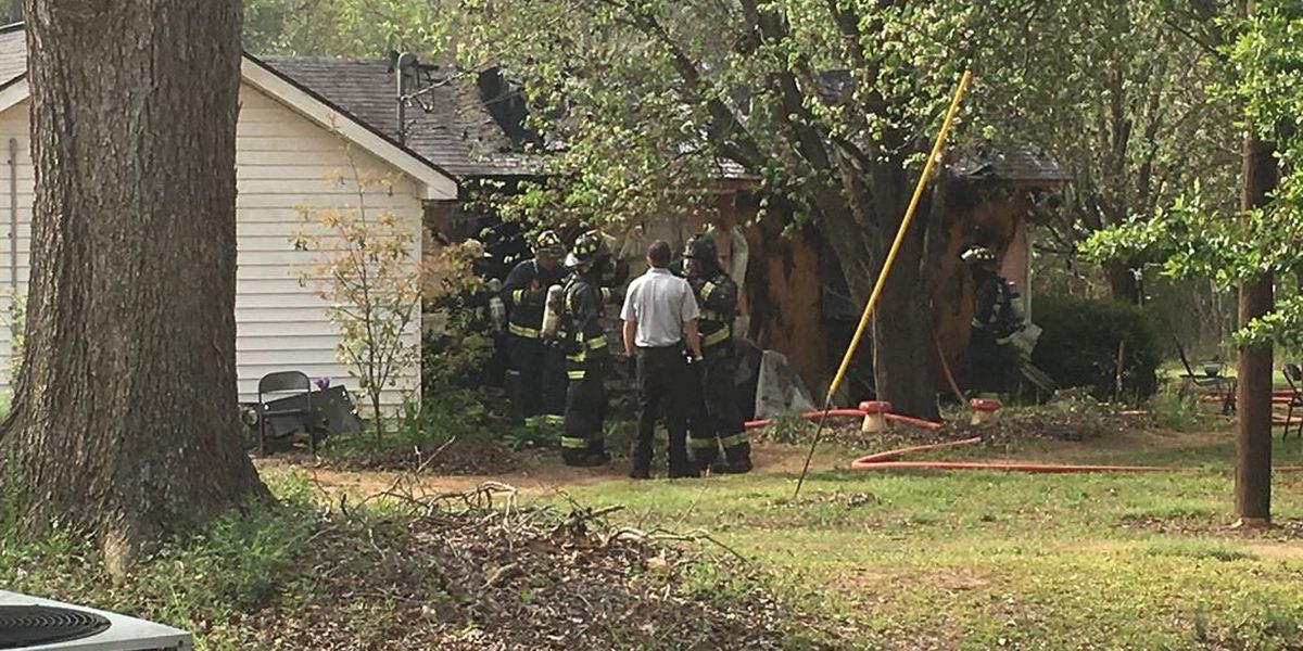 Sumter Co. Fire Dept. fights blaze at home
