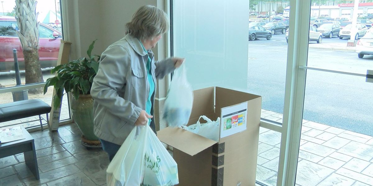 Sunbelt Ford and WALB's canned food and toy drive