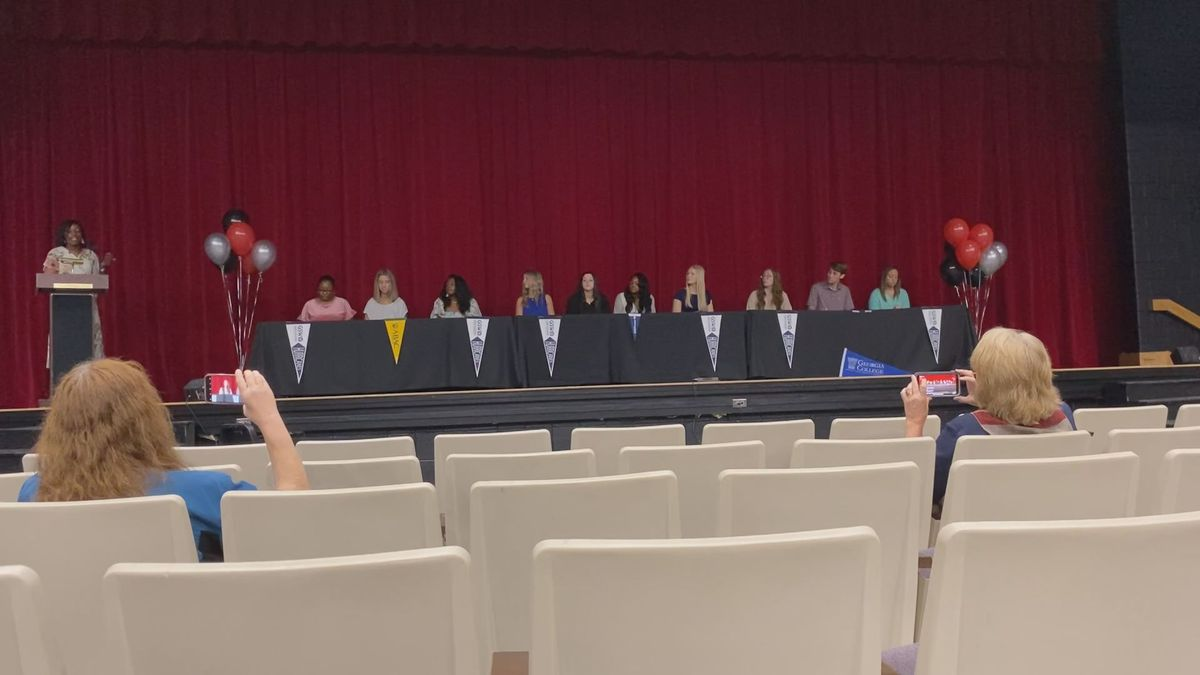 Lee Co. celebrates future educators during signing day ceremony