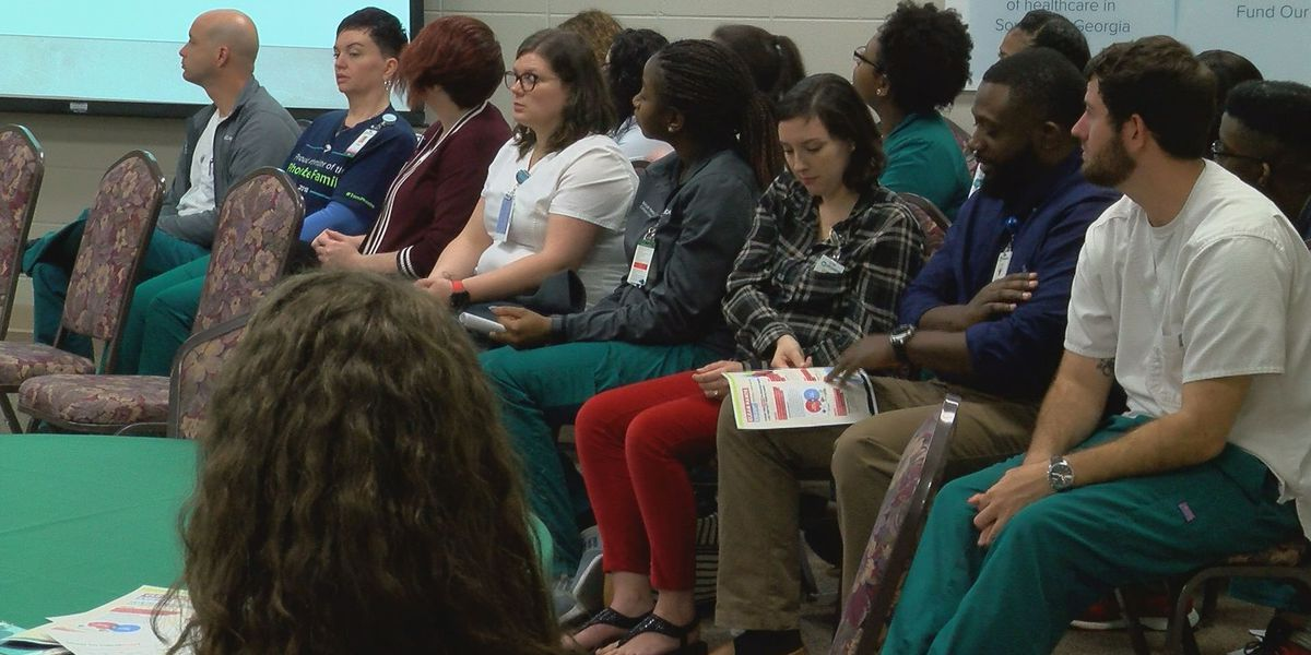 New Phoebe nurse program honors graduates
