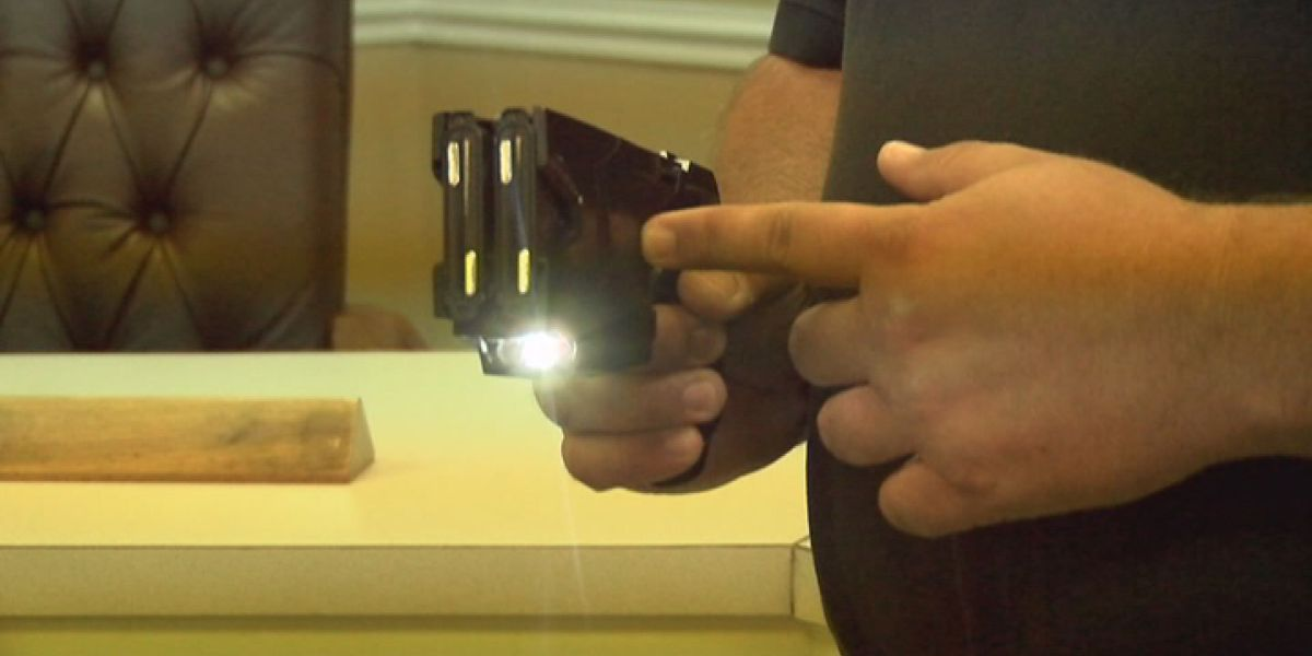 State lawmakers debate tasers on college campuses