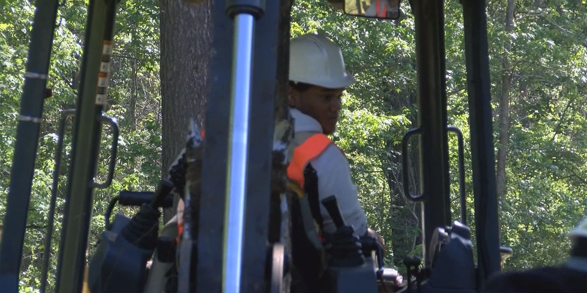 Turner Job Corps students get hands-on training with storm clean-up