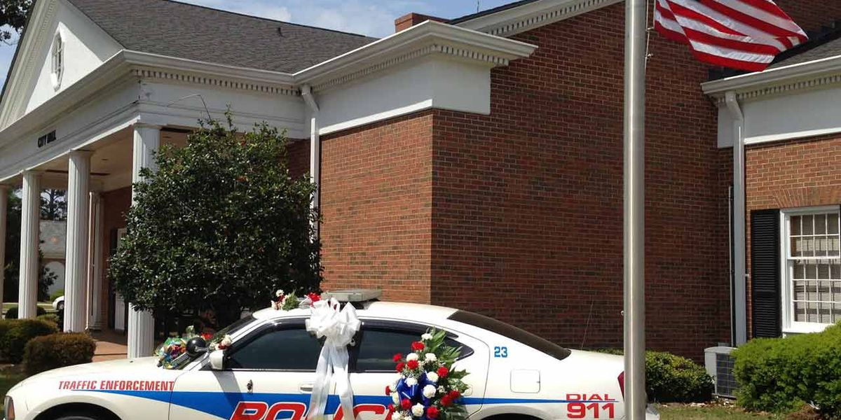 Pelham Police pay tribute to officer who died