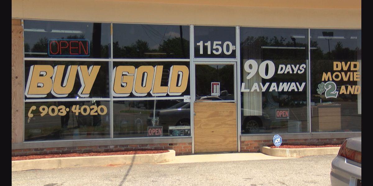 APD investigates pawn shop burglary