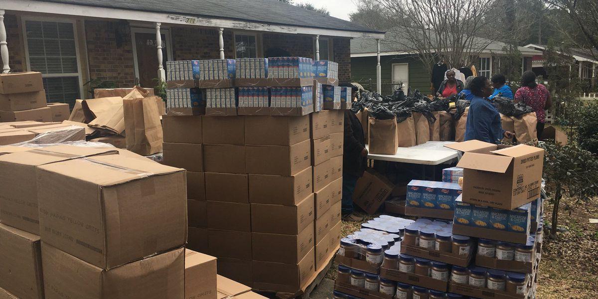 Albany organization hosts food, clothing drive