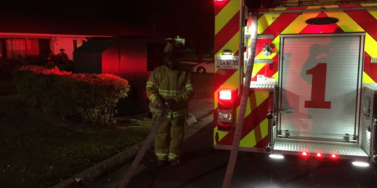 Unattended food on stove leads to Albany apartment fire