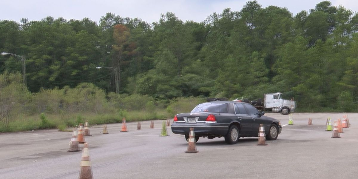 Thomasville police train recruits with crucial driving course