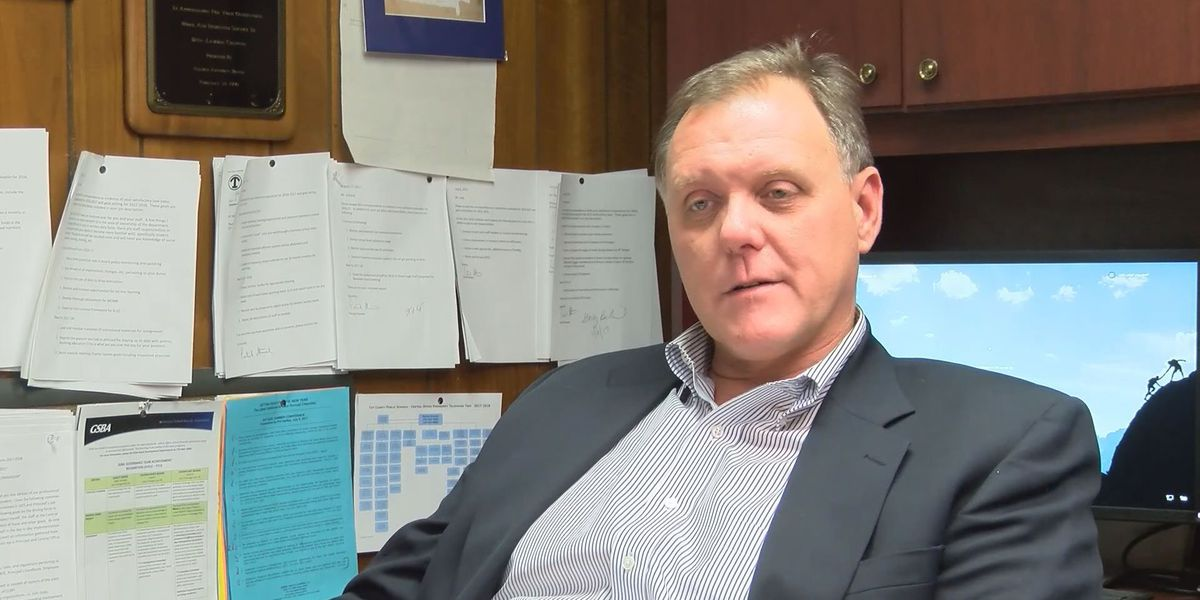 Tift Co. school superintendent to retire after 40 years