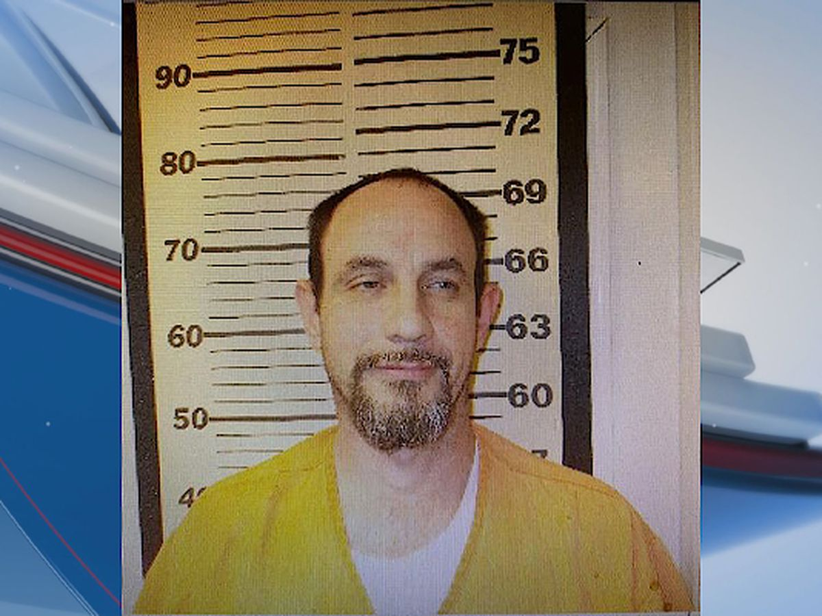 Search for wanted man underway in Crisp Co.