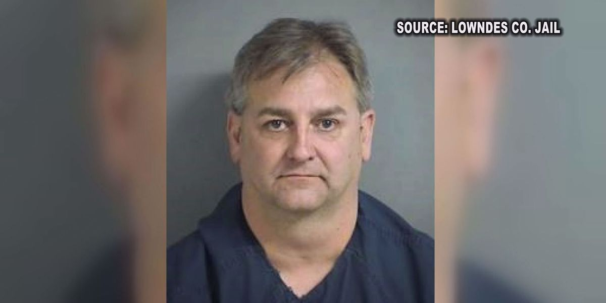 Suspended GA sheriff indicted on 90 counts after eavesdropping investigation
