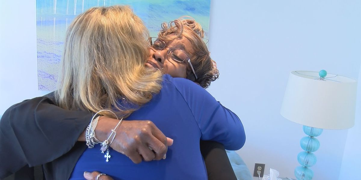 Albany woman meets donor after 21 year wait for kidney transplant