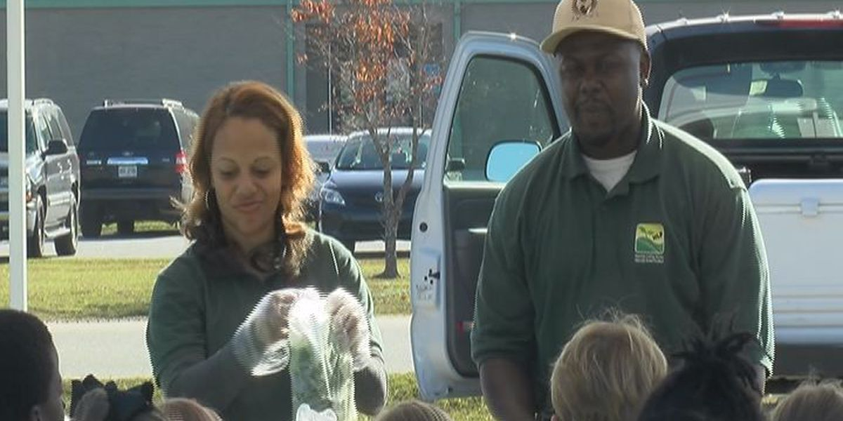 Lee County students meet local farmers