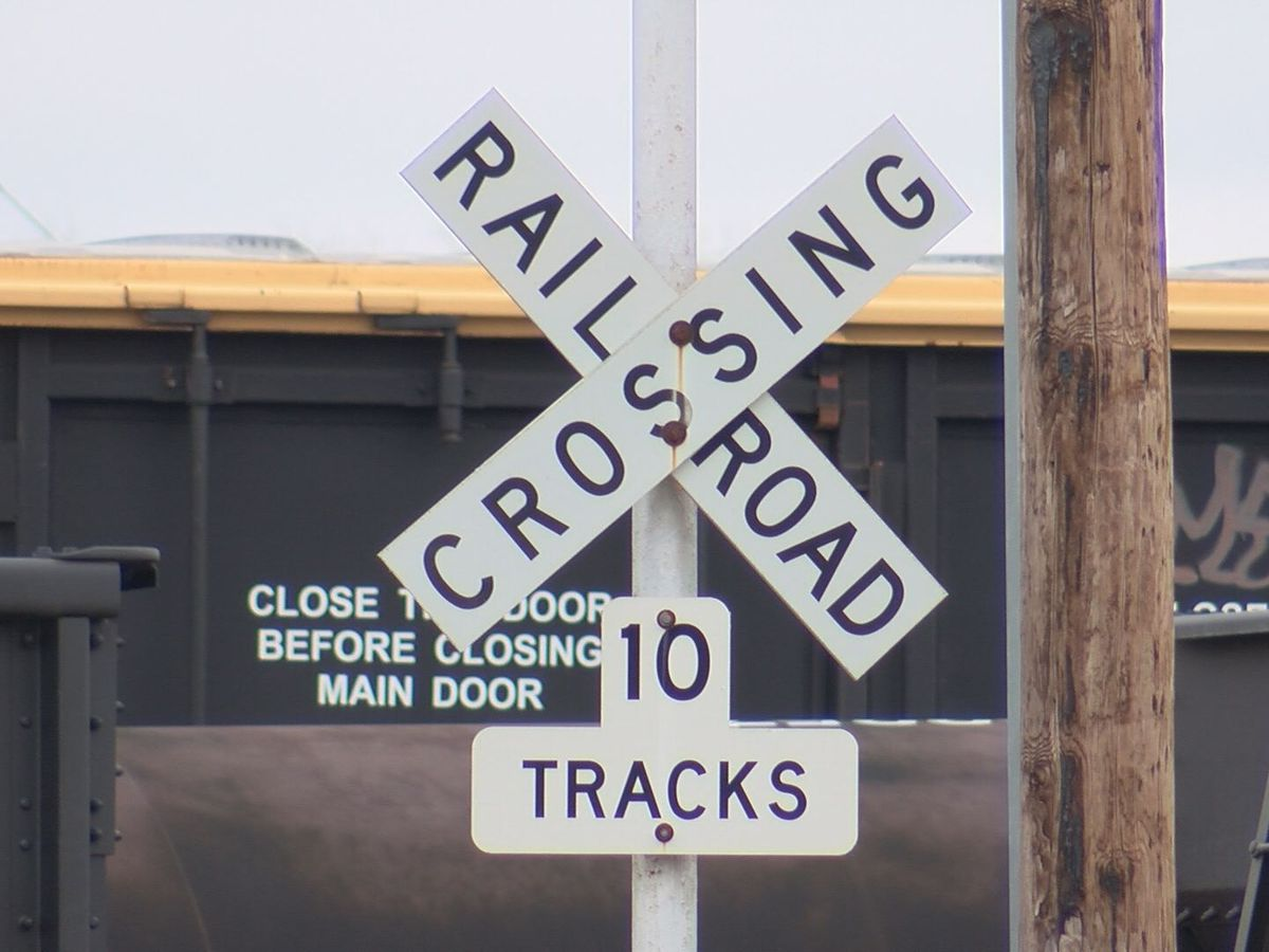 Many upset over possible railroad crossing closures in Albany