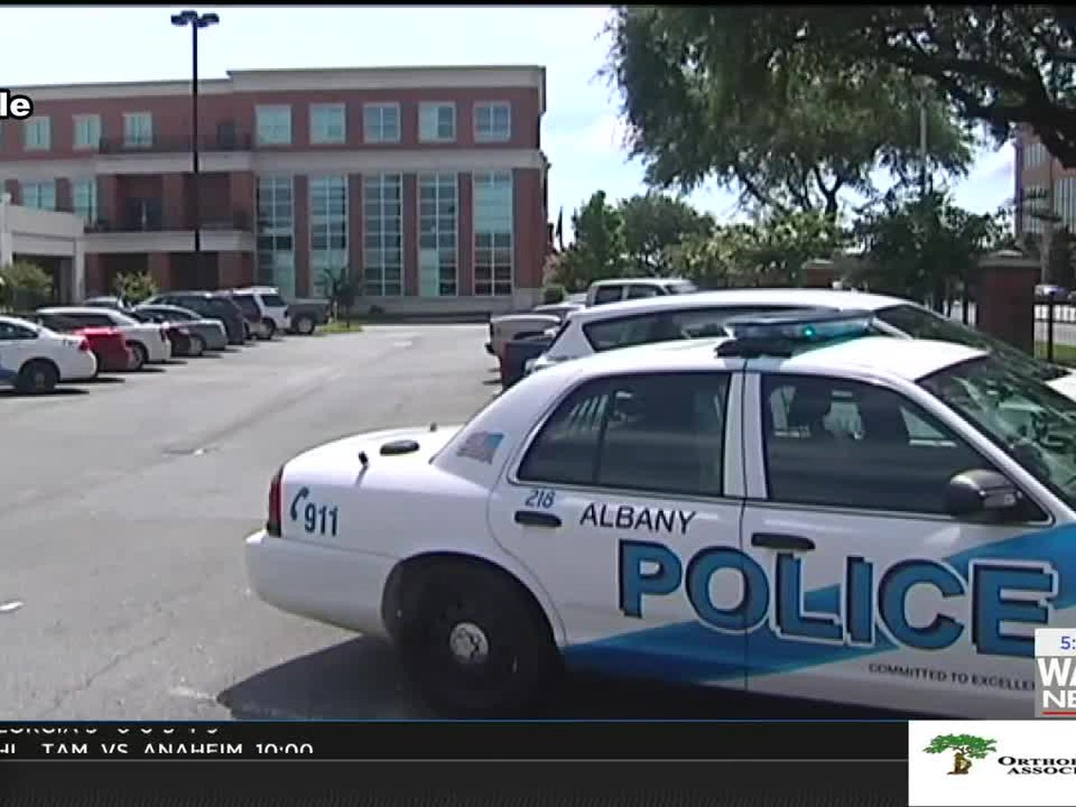"""APD looking for their new class of """"Citizen's Academy"""" applicants"""