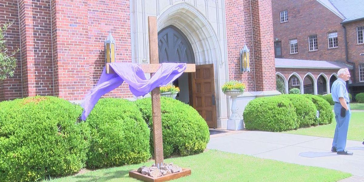Albany residents celebrate Holy Week