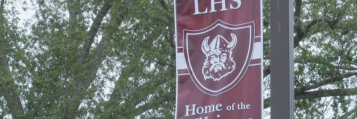 Lowndes Co. Schools to allow prayer at Friday football games