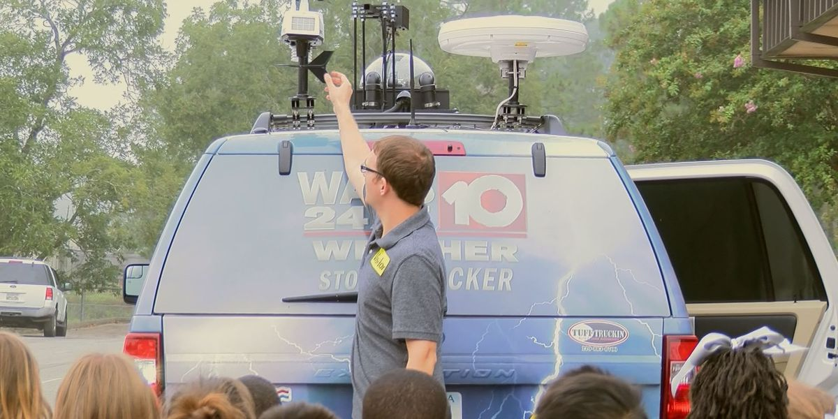 The WALB Storm Tracker pays a visit to Tift County students